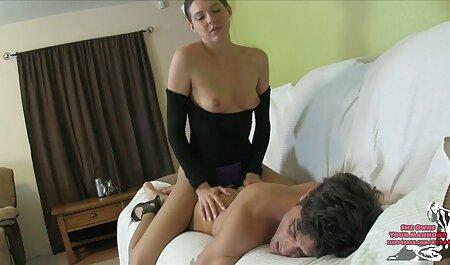 Bulgarian ragazza перепихнулась con un uomo su il letto in il camera ragazze tettone video da letto luce lampade