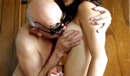 Il uomo ottenuto su video porno di donne con tette grosse un donna con spesso culo e anale cazzo lei in