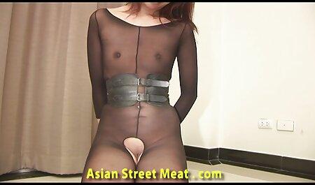 Il boss fa Segretario Kuni attraverso il film porno gratis con tettone buco in collant prima di fare sesso dolce