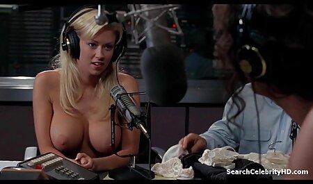In palestra succede sporco sesso di Gruppo film porno mature tettone con L'allenatore e pornostar