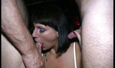 Appetitoso Laila mostra video porno con tettone italiane culo e tette In primo piano
