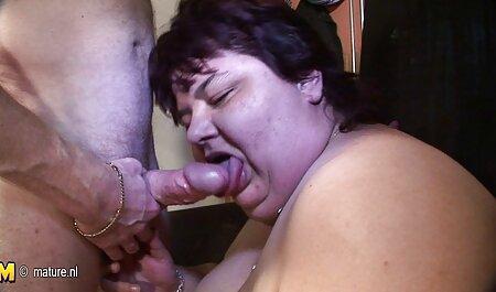 Poco prima del matrimonio una ragazza solitaria si è data video erotici tettone alla sposa lo sposo nel buco anale