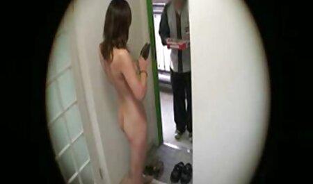 Uomo arrosti bruna con grandi tette e piedi in video gratis tette grosse calze dopo Kuni