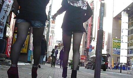 Calvo Negro Slim bruna donne tettone video tira su un cazzo lungo durante il sesso 。