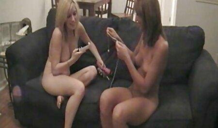 Bella ragazza video tettone vintage чпокают nel culo due membri однновременно