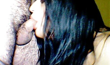 Caldo porno attrice Rina Skye e Romi fiume Reno in scena grunge-Sesso-лесбийски sul tettone video hard letto