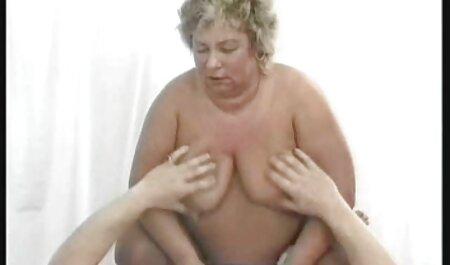Procace modello Luna Stella film porno gratis di tettone engaged in vaginale sesso con un uomo su un piscina tavola
