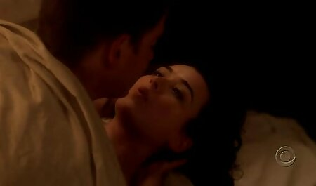 L'uomo arrosti donne anale da dietro mentre lei masturba tettone porche video gratis Clitoride Vibratore