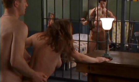 Подбрка камшотов sulla ragazza di ogni persona con le facce arroganti video porno gratis super tettone
