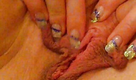 Bellezza насаживаются su tronchi N bagnato пилотками sotto il canto di Azy Azalea pornostar tettone video
