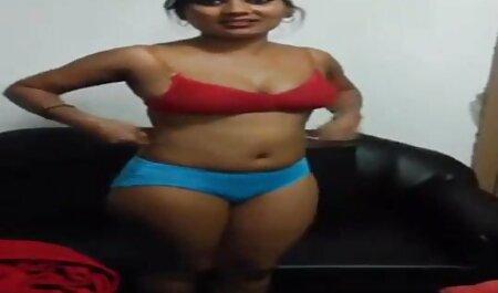 Biondo Hottie video belle tettone dolce masturba prima sesso terzetto con doppio penetrazione