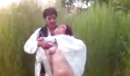 Brunetta in olio engaged in lesbica sesso tette enormi xxx dopo tender baci