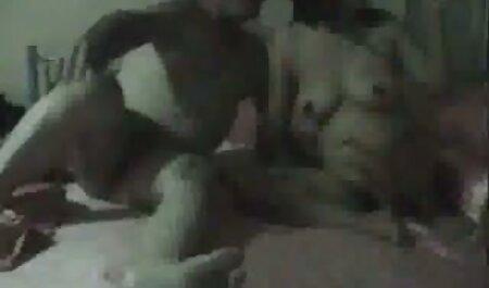 Leggy di mezza età ragazza inglese allargò video porno di super tettone le gambe sul Casting