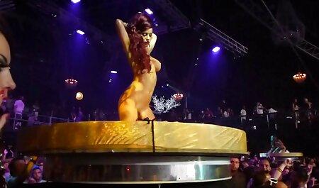 Bruna Con Grandi Tette fa un pompino prima del sesso con un Personal film grandi tette Trainer