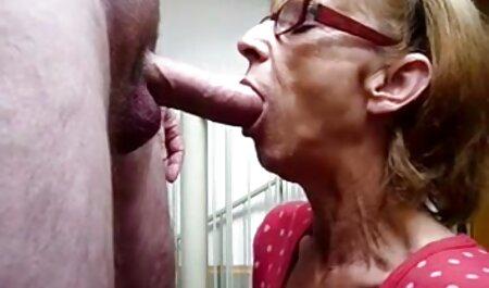 Ragazza russa con una mature tettone video lunga, obliqua a malapena accetta il sesso anale con il suo fidanzato