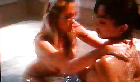 Giovane coquette con davvero grande naturale tette nudo in anteriore di video porno di bionde tettone vebkameroy
