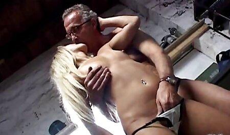 Interrazziale Sesso Modello August Ames e tettone video hard un nero uomo su il letto
