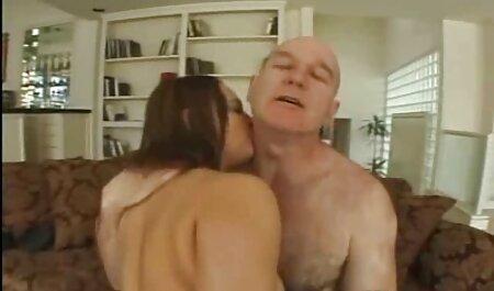 Bionda Matura video hard gratis tettone massaggi grandi tette in olio prima 。