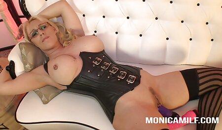 Очумительная video gratis tette giganti babe ama il sesso anale e tutto ciò che è collegato con esso