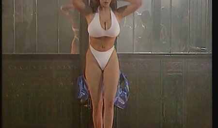 Eccitato uomo è piaciuto tette grosse video cazzo asiatico donna su il massaggio sessione