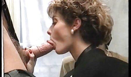 Due donne mature con silicone дойками sul letto nackt film porno tettoni nudo