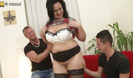 Nero donna con un grande culo masturba con film porno gratis tettone un Dildo in anteriore di vebkameroy prendere via mutandine